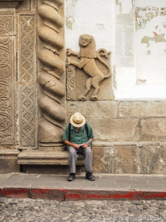Ambulant Vendor Waiting for Tourists BY RUDY GIRON