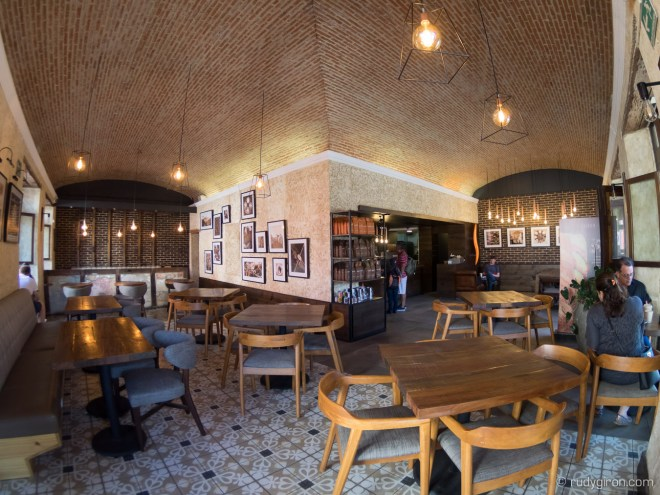 PHOTO STOCK: Fisheye View of Café Barista in Antigua Guatemala