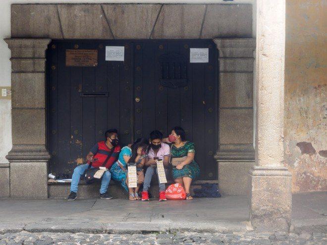 pandemic-sights-lottery-ticket-ambulant-vendors-3660304