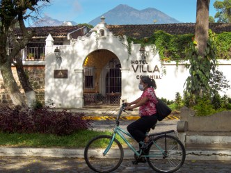Sights of Our Times: Bicycle Riding Through Alameda El Calvario