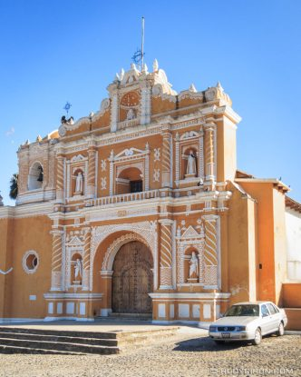 PHOTO STOCK: Façade of Parroquia de San Pedro Las Huertas in Antigua Guatemala