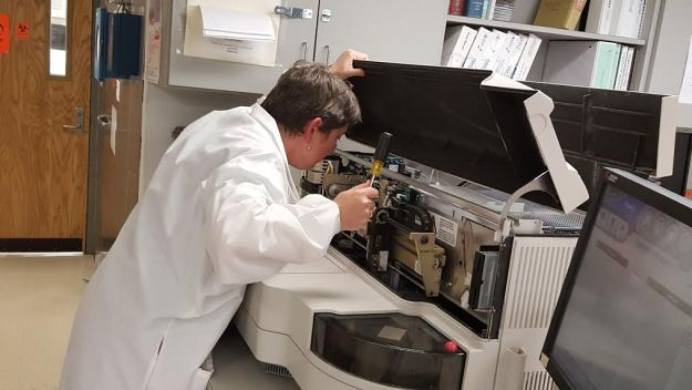 maintenance on beckman lab instruments