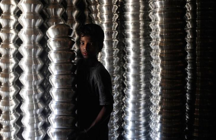 Σύμφωνα με την έκθεση της UNICEF, περισσότερα από 6,3 εκατομμύρια παιδιά ηλικίας κάτω των 14 ετών, εργάζονται στο Μπαγκλαντές