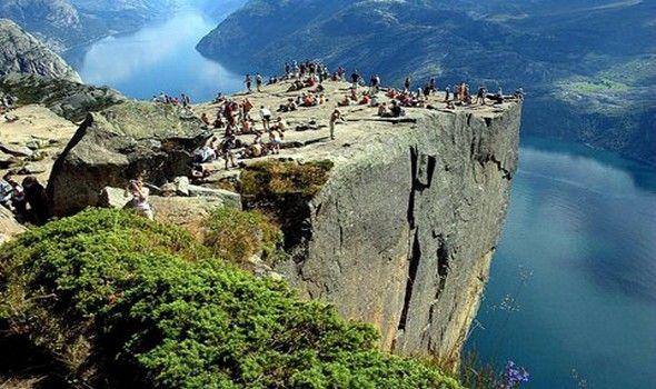 Βράχος Preikestolen Νορβηγία