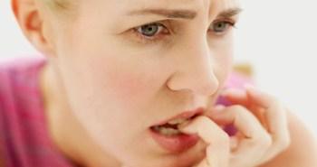 woman-anxious