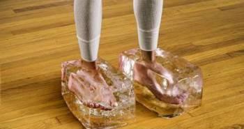 frozen-feet-flat