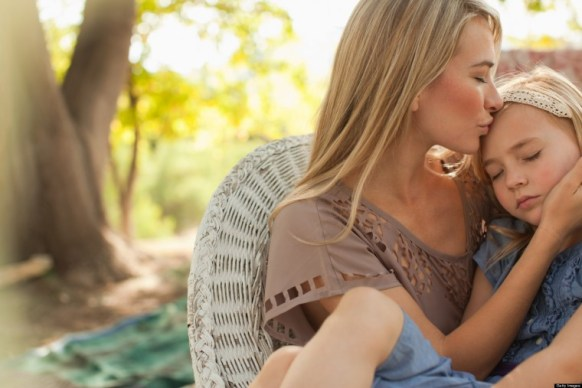 mom-hugging-daughter