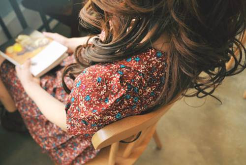 book-brown-hair-flowers-girl
