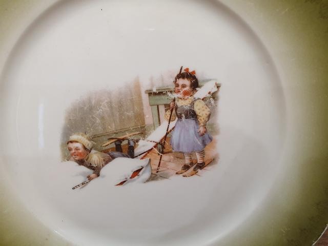 Декоративная тарелочка с маркой М.С. Кузнецова до 1917 г