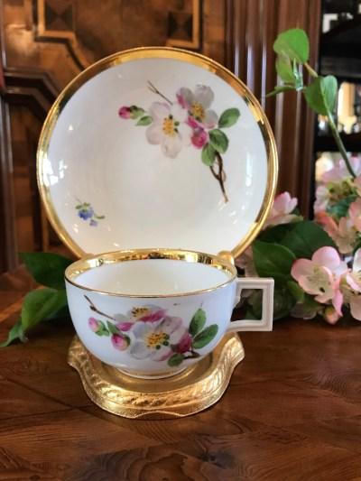 Teetasse mit Untertasse Apfelblüte