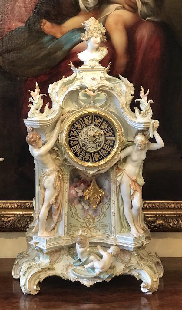 Große KPM Uhr Weichmalerei