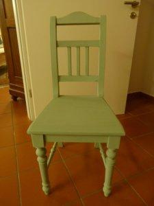 Stuhl im Landhausstil