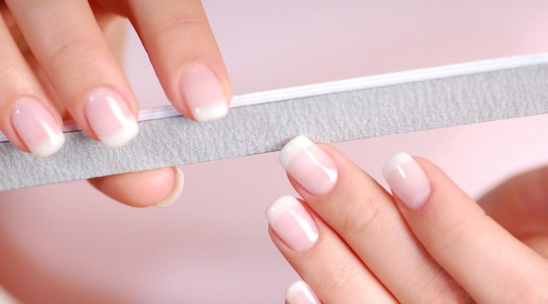 شكل الأظافر الأكثر مناسبة لليد