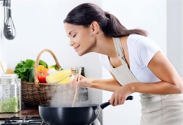 نصائح للتخلص من رائحة القلي في المنزل