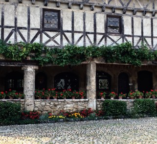 alfresco-and-timbered-storey