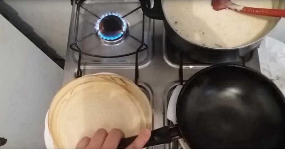 Удобный способ жарки блинов