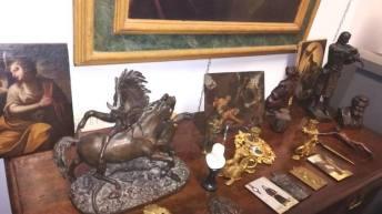 Chi acquista mobili antichi a Roma, Napoli, Firenze