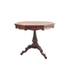 Tavolino intarsiato in noce
