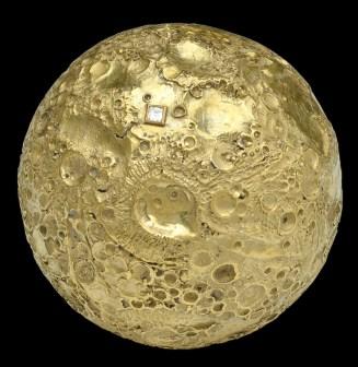 Louis Osman moon landing model