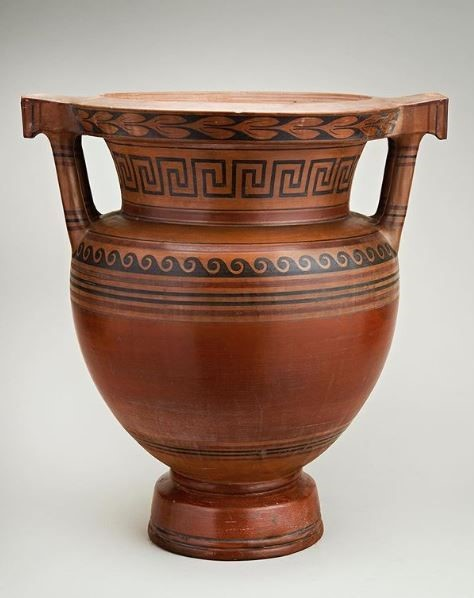 Neoclassical vase at the LAPADA Fair