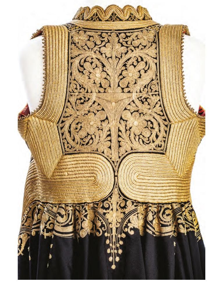 Antique textiles in new exhibition