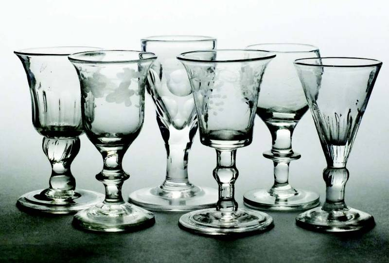 Six 18th and 19th-century gin and port glases