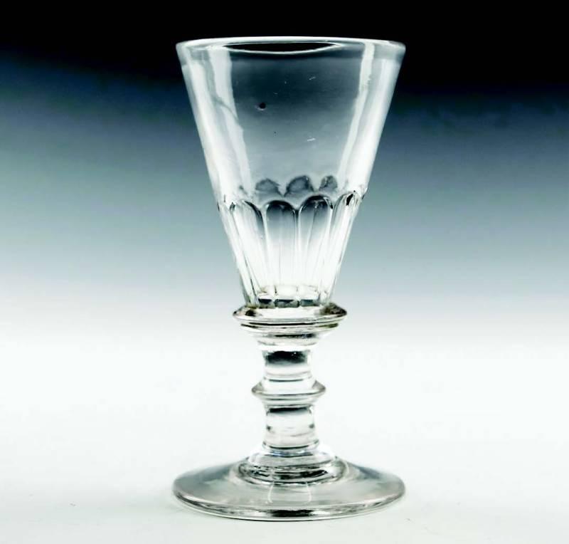 petal-mouldedGeorgian gin glass, c.1800