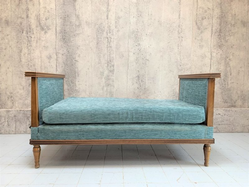 Mid-century blue day bed
