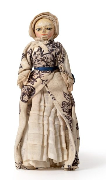 The 17th-century antique doll