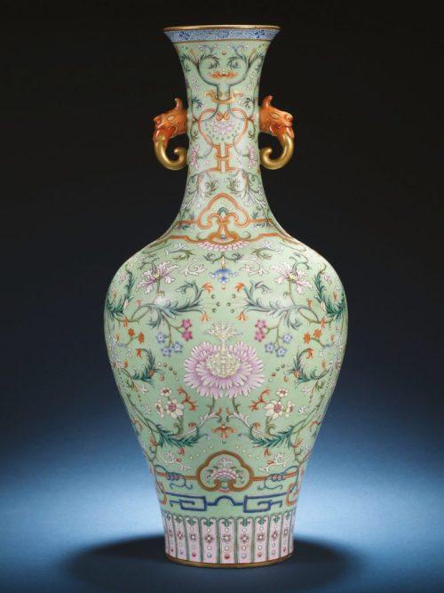 Qianlong vase in Bonhams sale