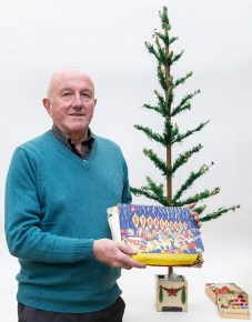 Steve Rose with his vintage tree and decorations