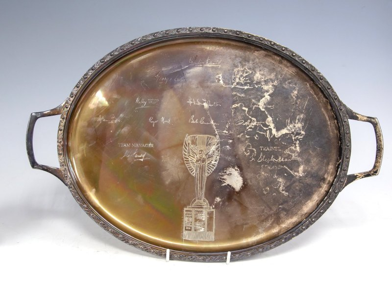Silver presentation tray inscribed with autographs of the English World Cup winning team of 1966