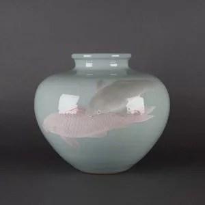 諏訪蘇山作 青磁双鯉紋花瓶