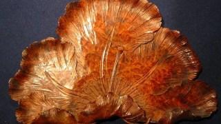 汲哉作 木彫り松の葉図盆