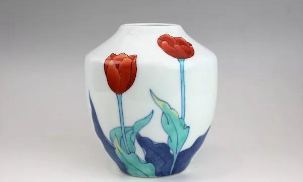 今泉今右衛門作 花模様花瓶