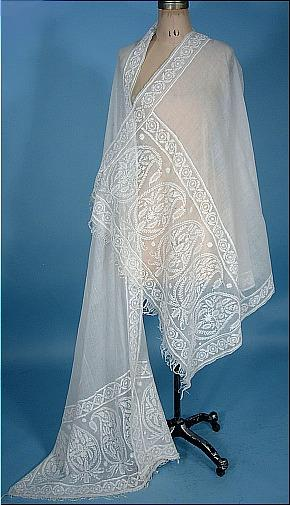 Large white muslin shawl embroidered with paisley borders