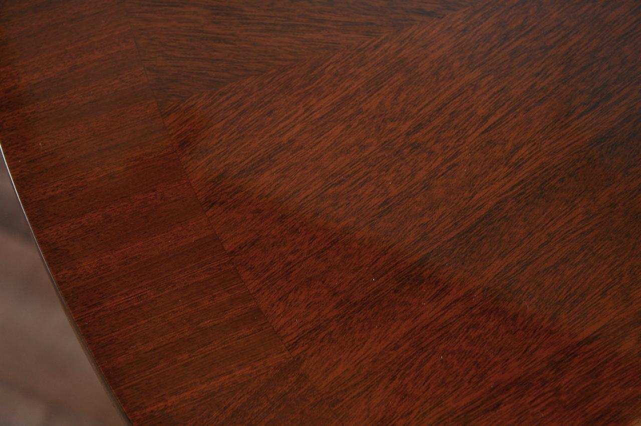 44 Round Mahogany Dining Table With Leaf