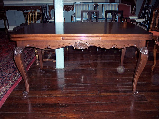 English Dining Tables For Sale