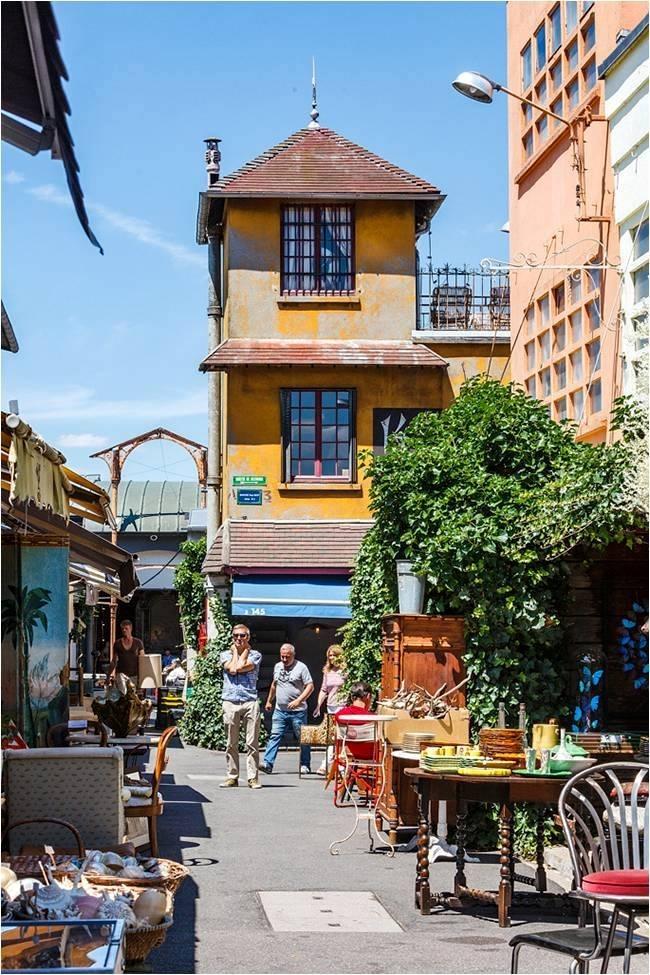 the streets of Paris Flea Market Paul Bert Serpette with The Antiques Diva & Co