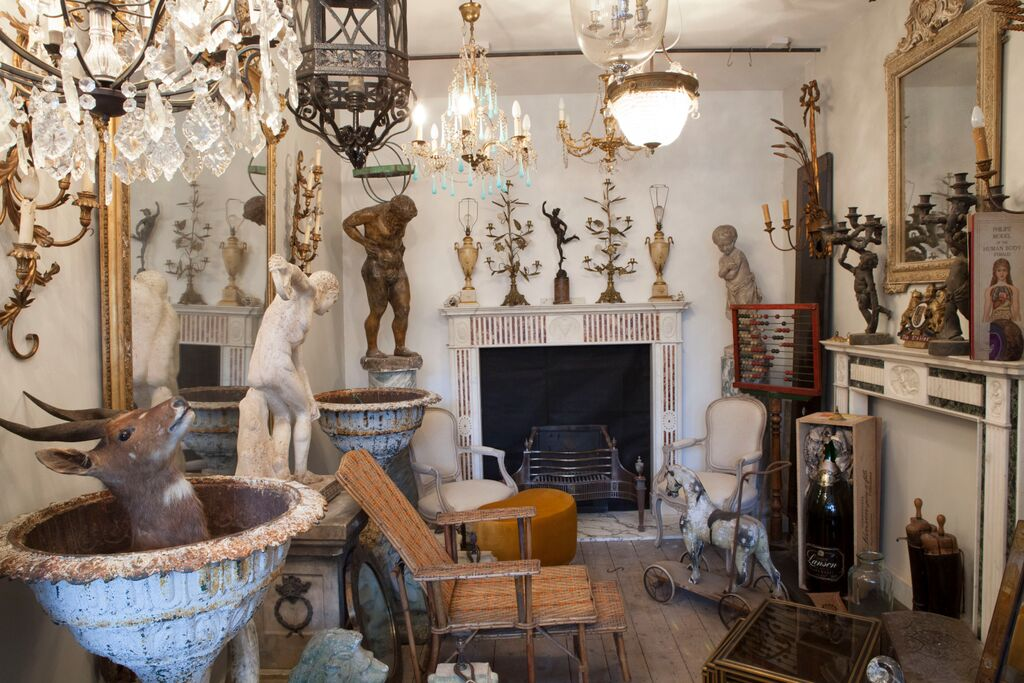London antiques sourced on an Antiques Diva tour, photo by José Manuel Alorda