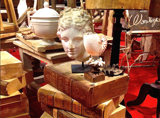 antiquing in Italy on an Antiques Diva Tour