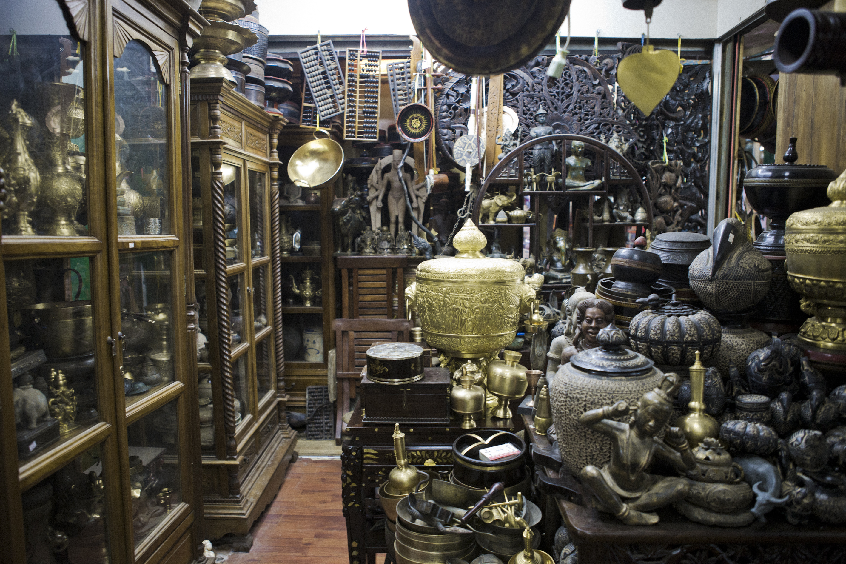 Bronzeware, Statues, Collectibles Phnom Penh Cambodia Asia Antiques Buying Tours with The Antiques Diva