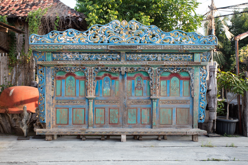 Architectural Salvaged Doors from Indonesia: Indonesia Antique Buying Tours with The Antiques Diva & Co