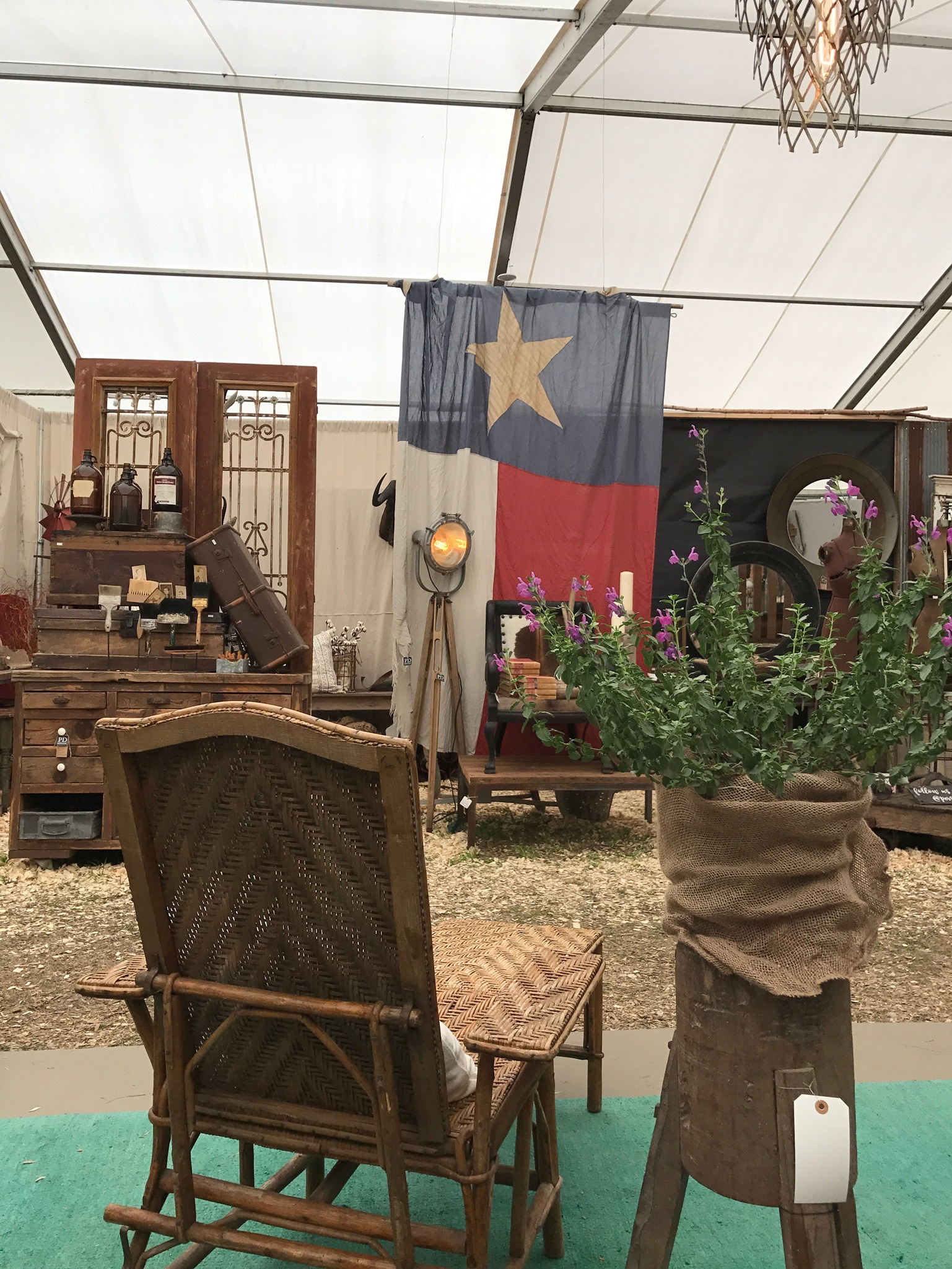 Round Top Group Antiques Tour | The Antiques Diva & Co