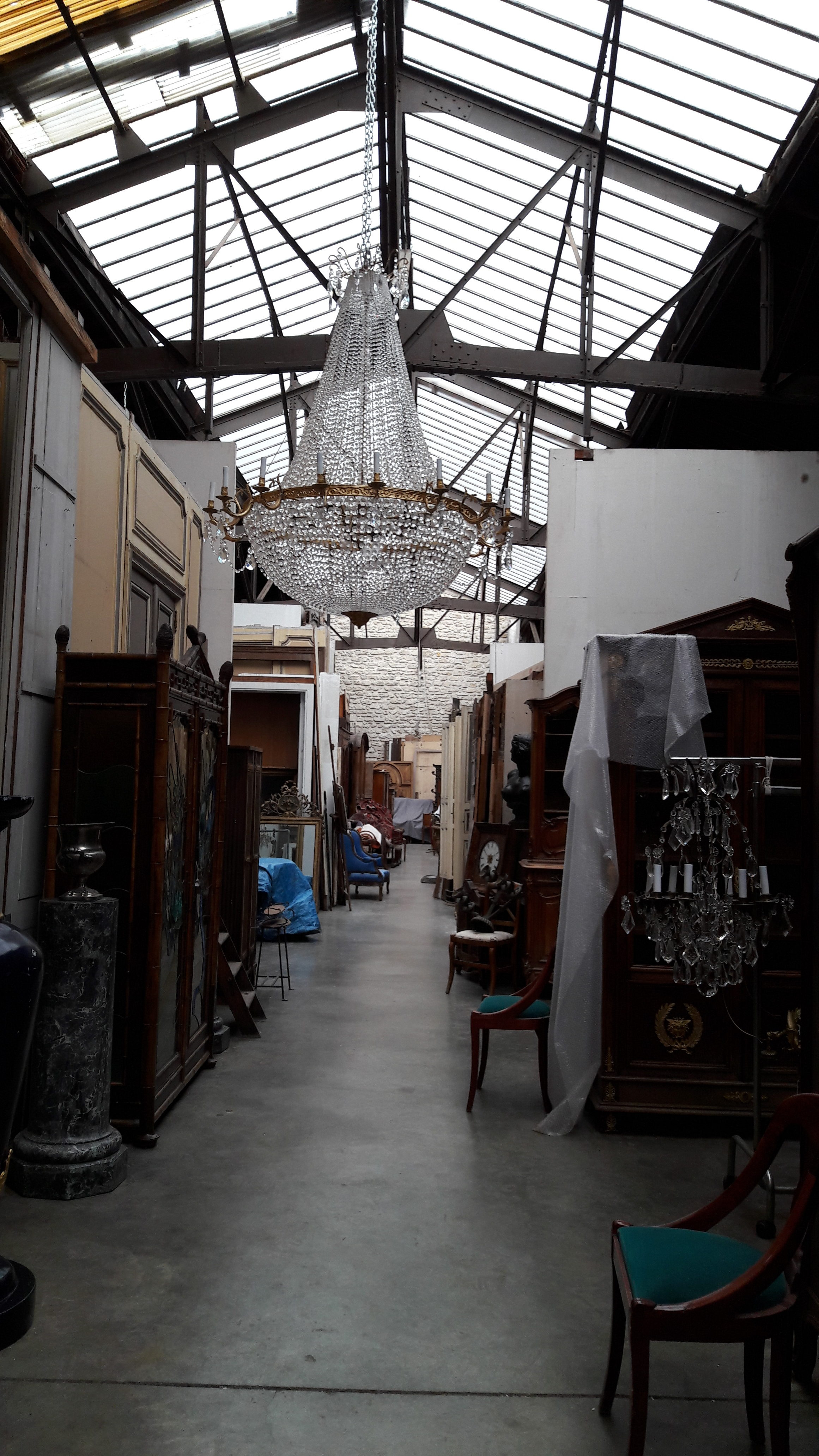 Antiquitiés Rodriguez Décoration | Paris Flea Market | Antiques Diva Champagne Brunch