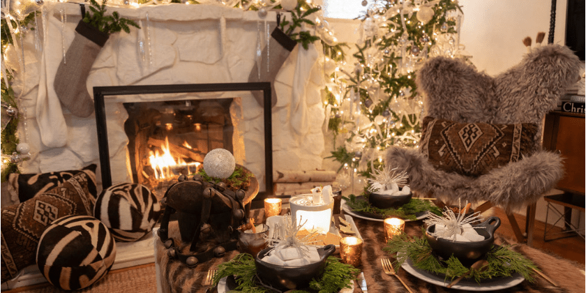 Cozy Tablescape for a Christmas S'mores Bar | Toma Clark Haines | The Antiques Diva & Co