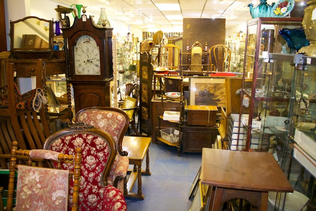 Img 2023 eastbourne antique centre for Furniture now eastbourne