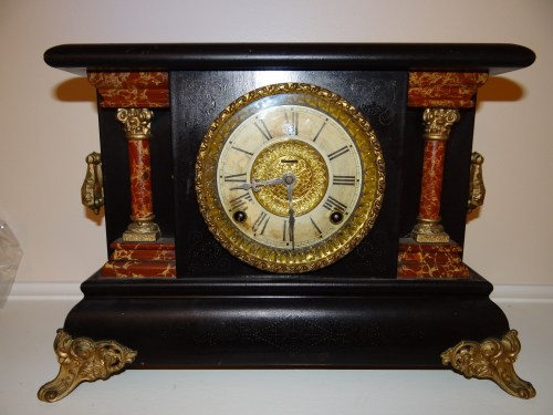 RARE-ANTIQUE-CARVED-WOOD-Ingraham Clock
