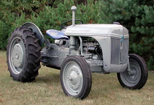 1948 Ford 9n Tractor : Ford tractors difference between a n and