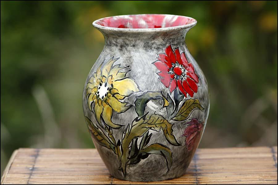 Vase Faïence peint avec des fleurs